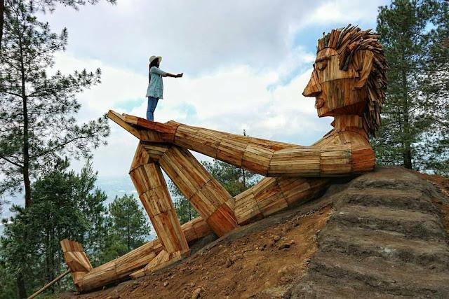 Taman Puncak Goa Pandawa Kota Batu Gunung Banyak Paralayang Omah Kayu
