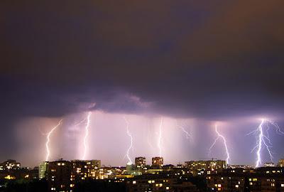 Грамотевична буря