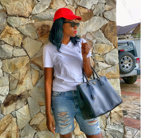 Baby oku! Yvonne Nelson steps out in ripped jean shorts