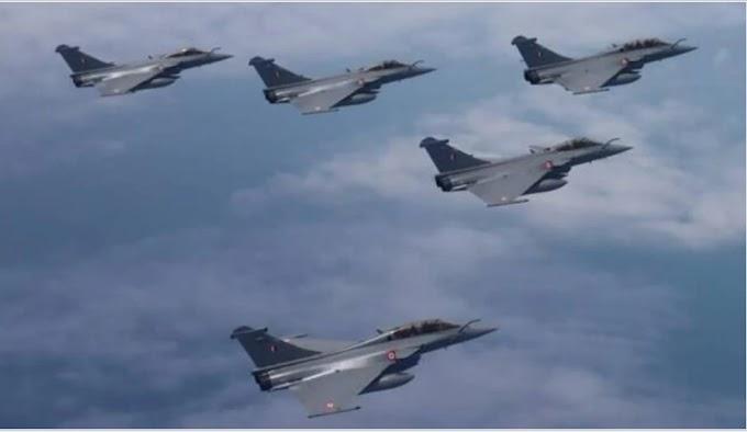 भारत और चीन फिर से एक बार आमने सामने भारत ने तैनात किए अपने राफेल लड़ाकू विमान।