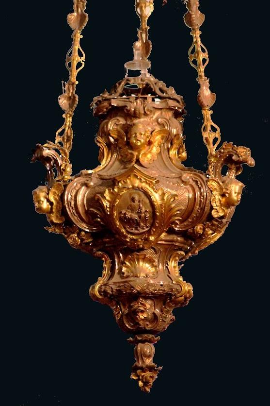 Apagou-se a lâmpada do Santíssimo