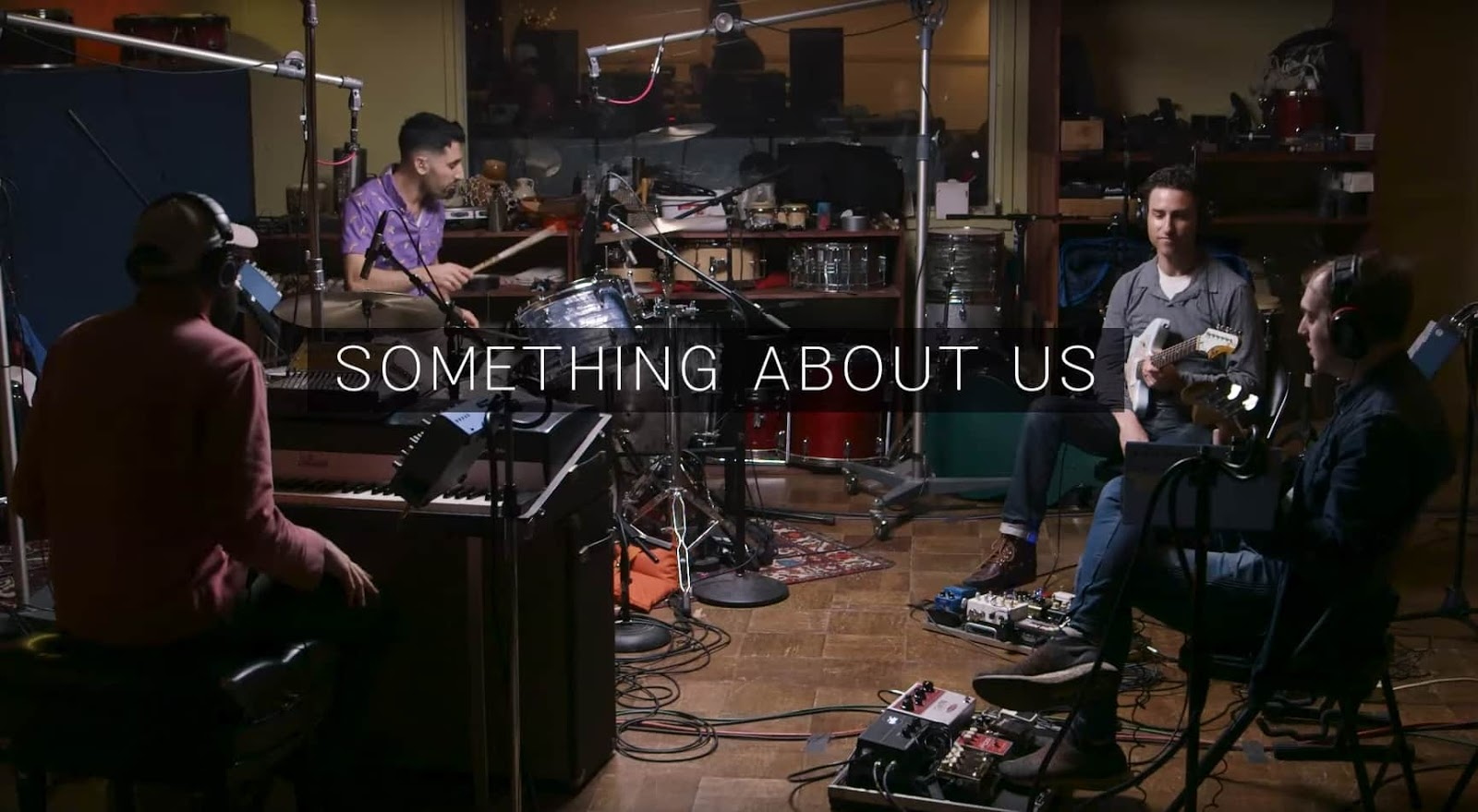 Ein fantastischer Coversong von Daft Punks 'Something About Us' von Pomplamoose | SOTD
