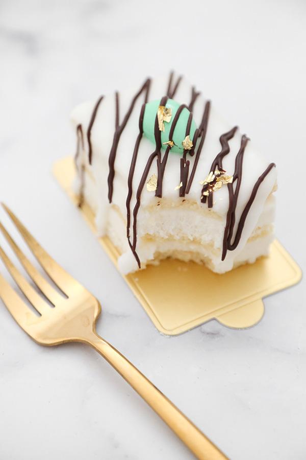 Almond Genoise Mini Cakes