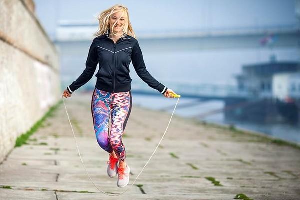 Manfaat Rahasia Lompat Tali, Olahraga Asyik dan Menyenangkan