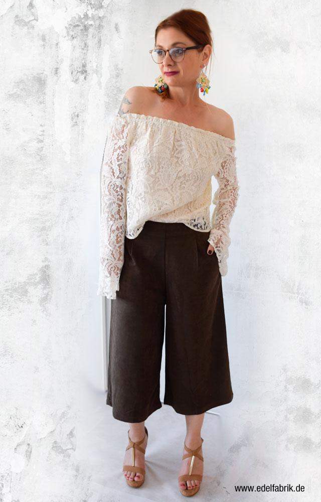 so trägst Du eine Wildleder Culotte, Tipps für Outfit mit Lederhose