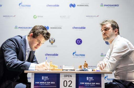 Magnus Carlsen (2847) 1-0 Vladimir Fedoseev (2696), seconde partie, Caro-Kann, variante d'avance - Photo © FIDE