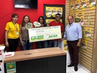 ACIAR entrega R$ 21 mil em vales compras aos ganhadores da campanha Show de Prêmios