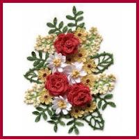 Arreglo floral a crochet