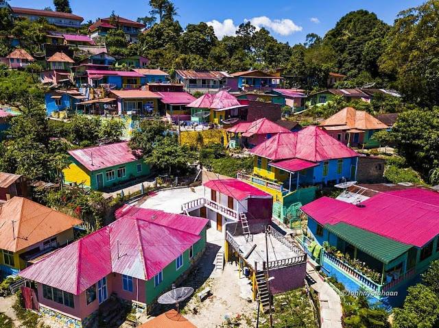 Tigarihit, Wisata Kampung Warna-Warni di Parapat | Wisata Instagramable