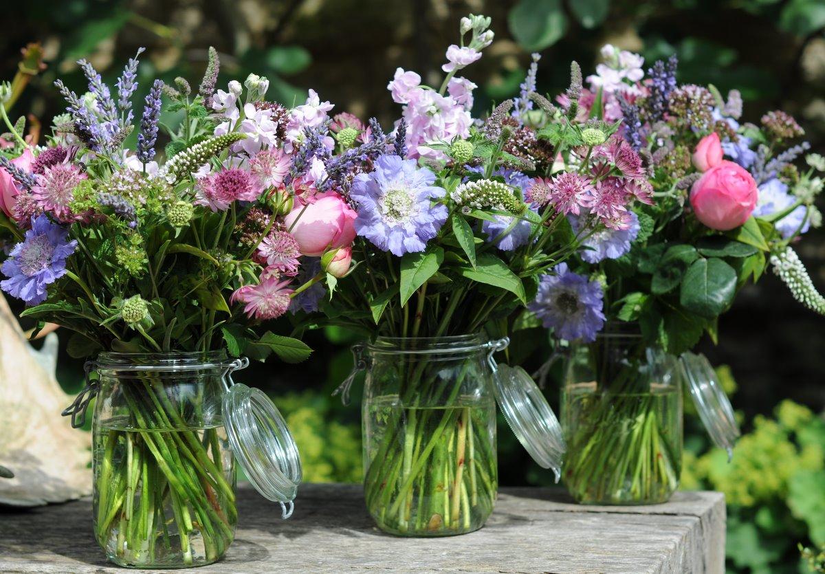 Spriggs Florist: Kilner Jars & English Summer Flowers