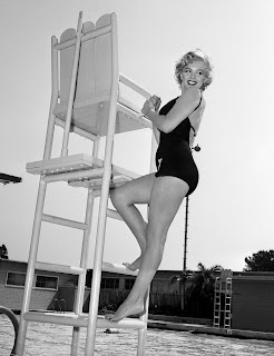 Marilyn Monroe sexy bathing suit