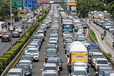 Manfaat terjebak dalam kemacetan