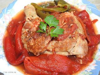 Saramura de pui reteta cu carne si legume la gratar grill tigaie retete mancare friptura saramuri ardei rosii coapte,