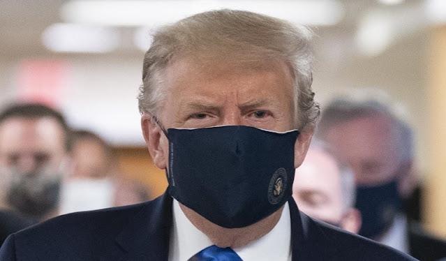 Trump recomienda a sus seguidores que se vacunen contra la covid-19