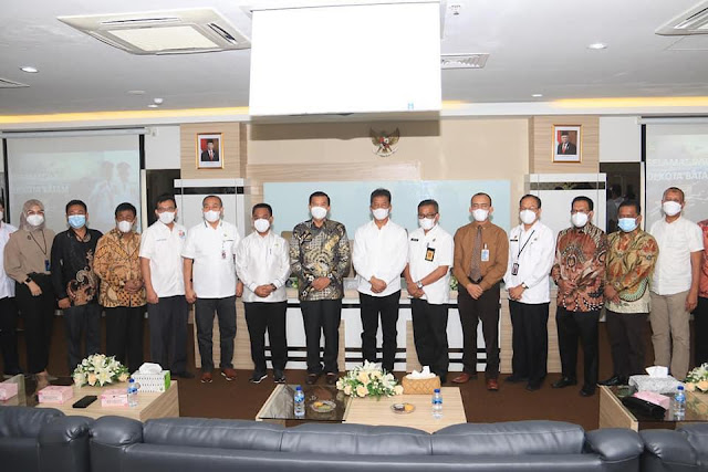 Rudi Terima Walikota Pekanbaru yang Kunker ke Pemko Batam Terkait Pengelolaan Kas Daerah