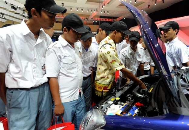 Pelatihan otomotif siswa SMK
