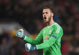 "Manchester United manager Jose Mourinho praised a ""world best"" display by goalkeeper David de Gea after his side's hard-fought 3-1 win away to Arsenal on Saturday."