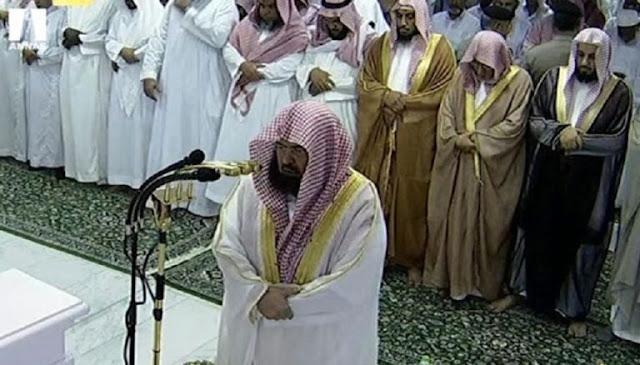 Mendapati Ini di Masjidil Haram, Syaikh Sudais Menangis dan Minta Jamaah Bertaubat