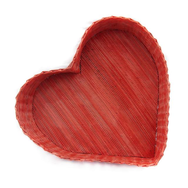kosz w kształcie serca