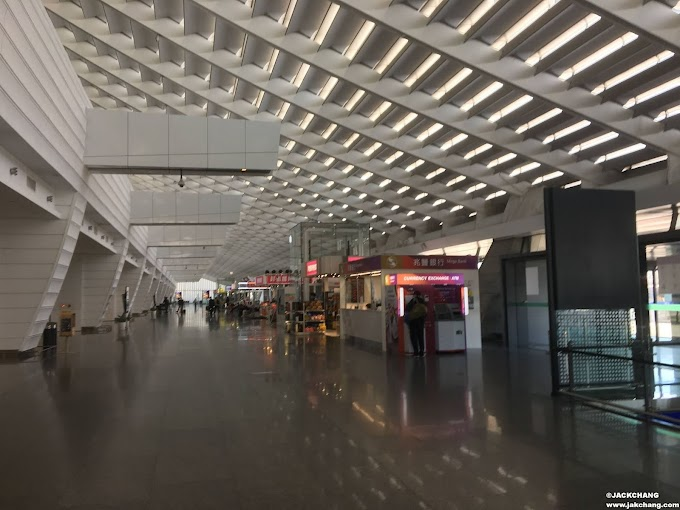 It's the first time I visited Taoyuan Airport under the epidemic, and it felt so strange.