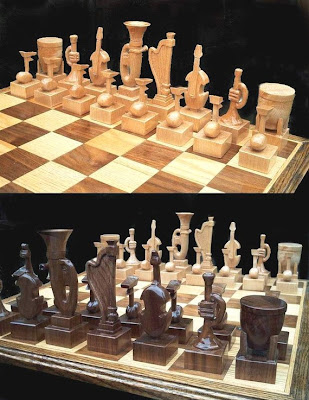 Cool and Unusual Chess Sets (15) 9