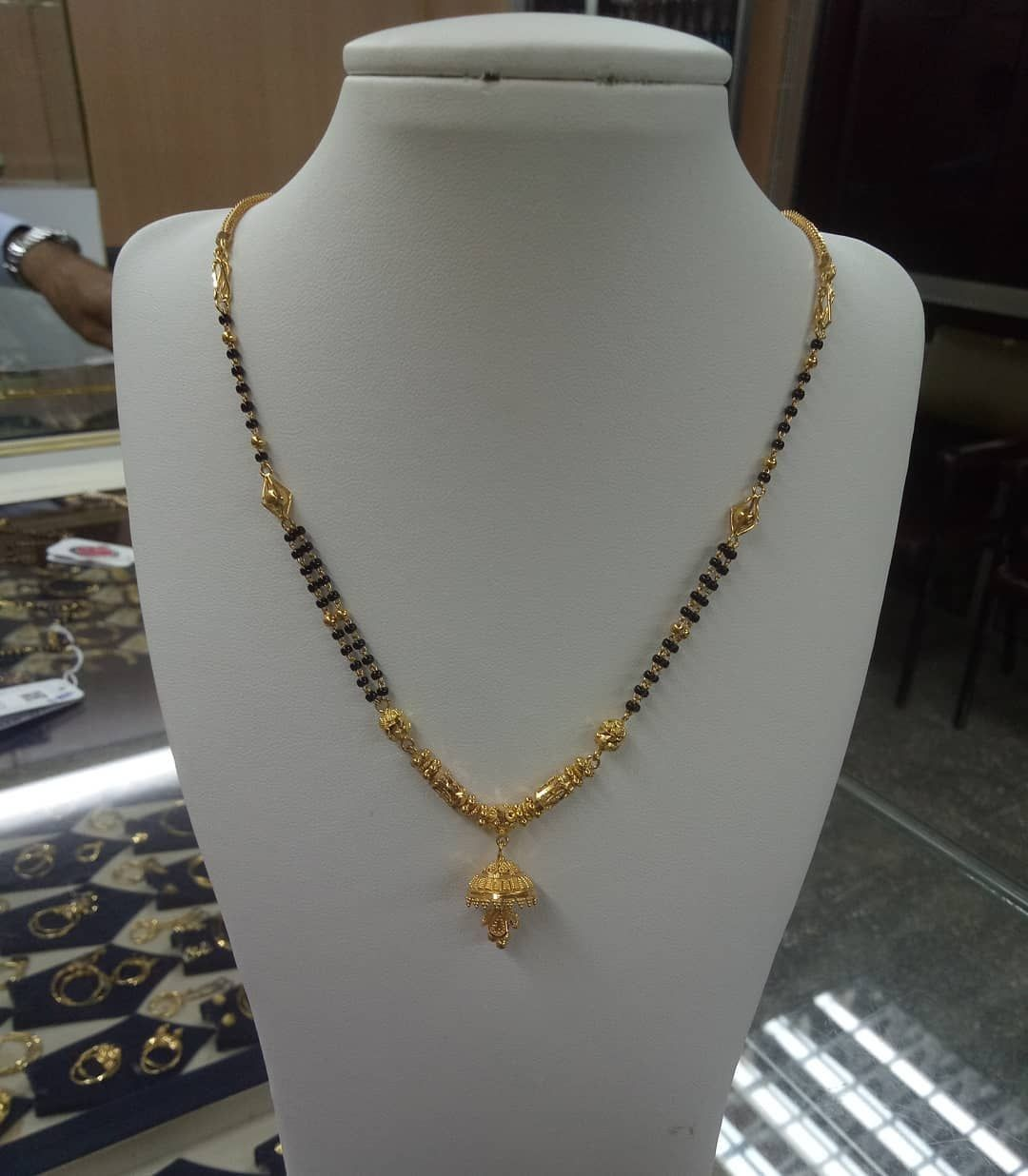 40 Trendy Short Mangalsutra Designs Mini Mangalsutras For