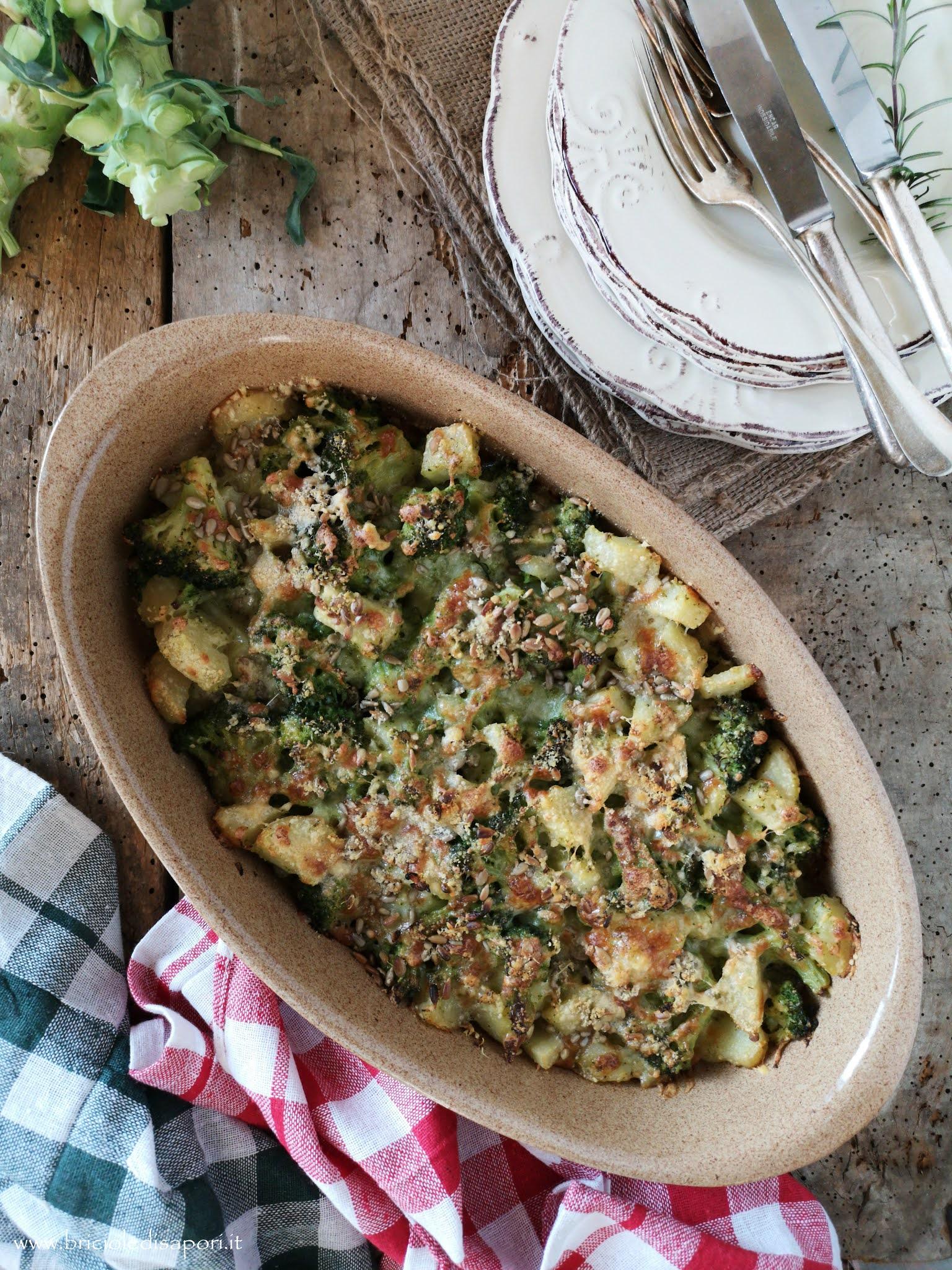sformato di broccoli e patate con scamorza e semi di girasole