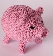 http://www.ravelry.com/patterns/library/new-year-piglet-hun