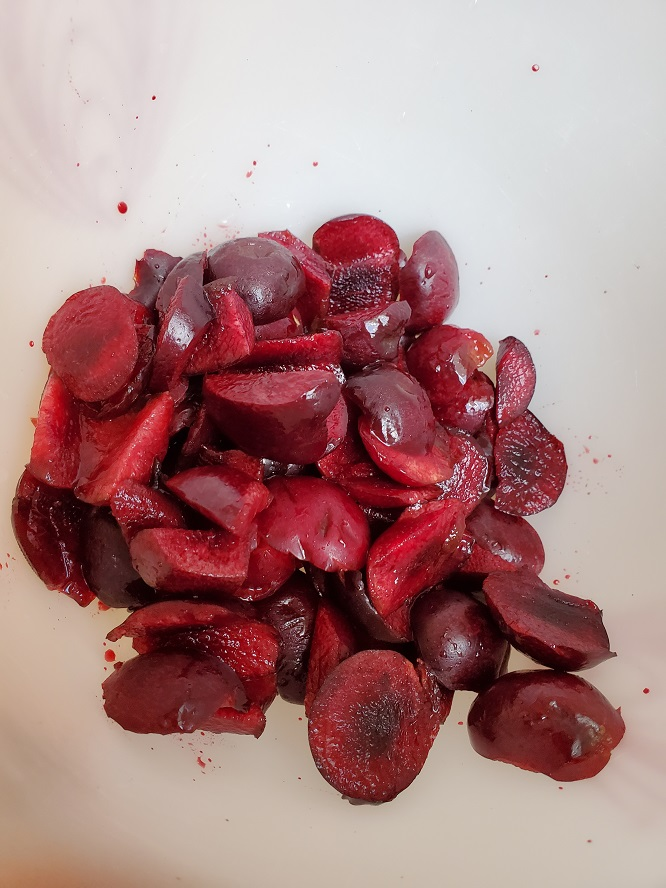 these are sliced fresh bing cherries