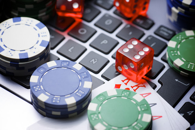 Experience playing online poker