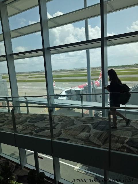 Honeymoon Day 6 - See you again Singapore. Hello Bangkok!