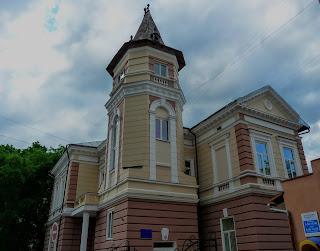 Ивано-Франковск. Ул. Короля Даниила, 10