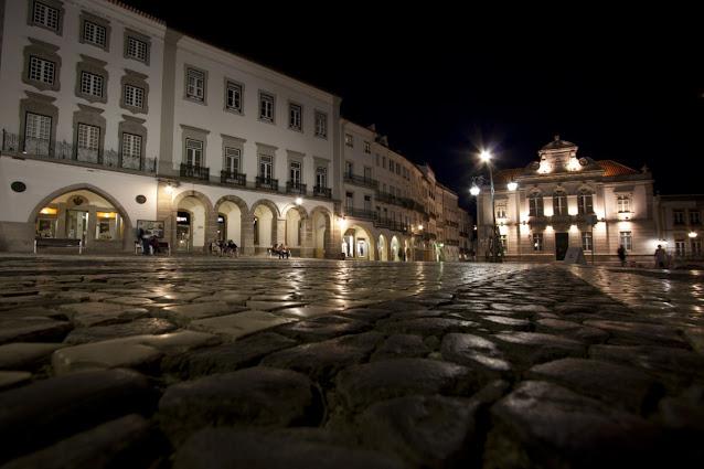 Praça do Giraldo di notte-Evora