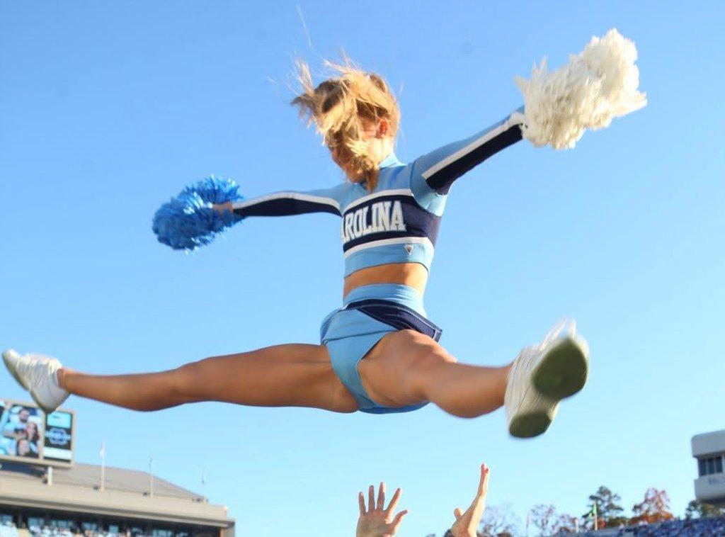 Cheerleading pic sexy