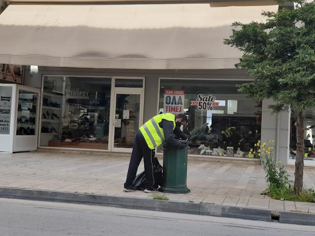 Στους δρόμους συνεργεία καθαριότητας στο Ναύπλιο Δευτέρα του Πάσχα