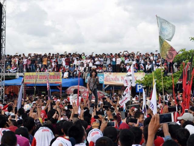 Kampanye Jokowi Bagi-bagi Uang di Padang, BPN akan Lapor ke Bawaslu