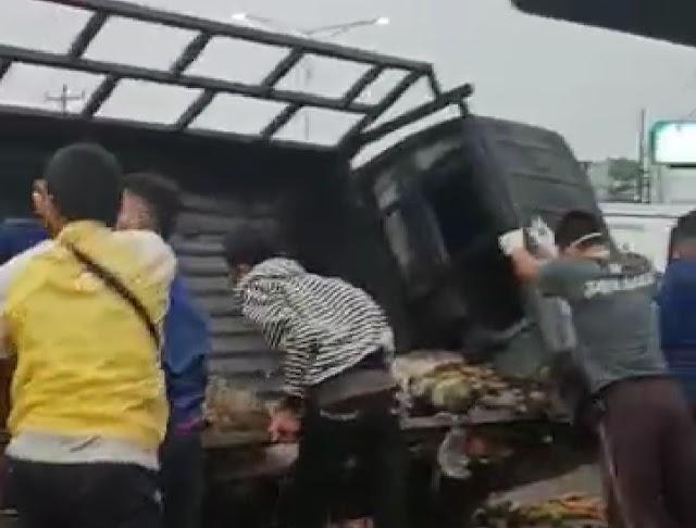 Mobil Terbakar di Medan, Seorang Sopir Tewas Terpanggang