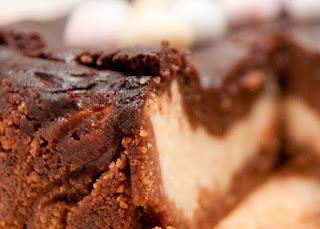 preparare reteta pasca cu ciocolata si branza de vaci
