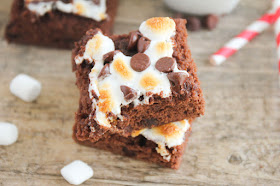 These chocolate marshmallow brownies are ooey-gooey delicious, and perfect with a warm mug of TruMoo chocolate milk!
