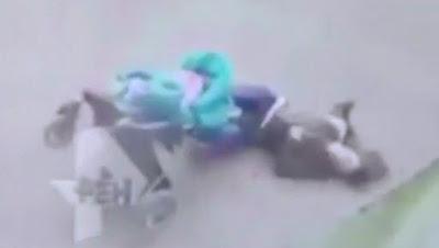 Asesinada por una Lamina