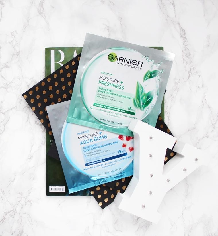 Kosmetyki do pielęgnacji twarzy, których lepiej unikać - maska w płacie Garnier Moisture + Aqua Bomb Freshness