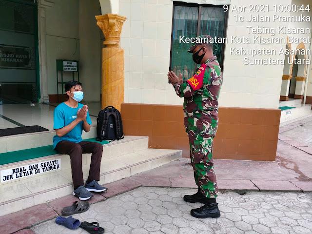 Sambangi Warga, Personel Jajaran Kodim 0208/Asahan Sekaligus Awasi Berjalannya New Normal