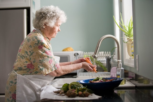 Tips for Fulfilling Nutrition for Elderly who have difficulty eating