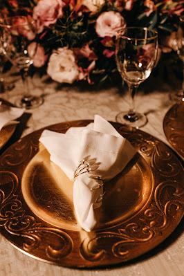 Mesa de boda con mantel