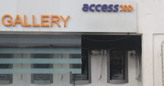 Fire guts Ikotun Access bank's ATM gallery