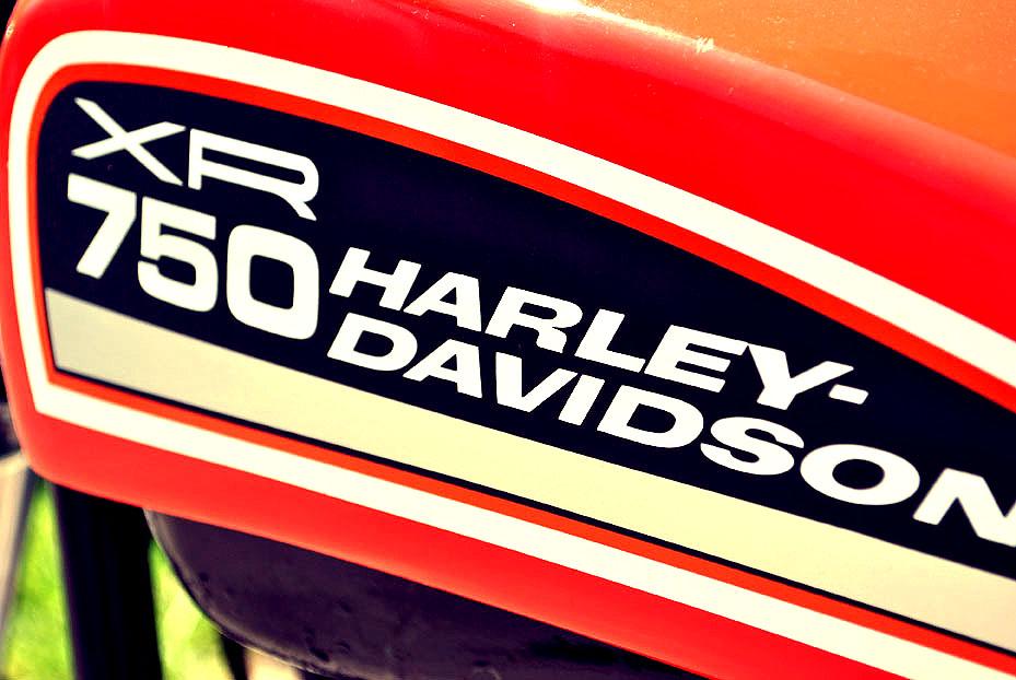 Harley Davidson: Vintage Racers: 1972 HARLEY-DAVIDSON XR750 FLAT TRACKER