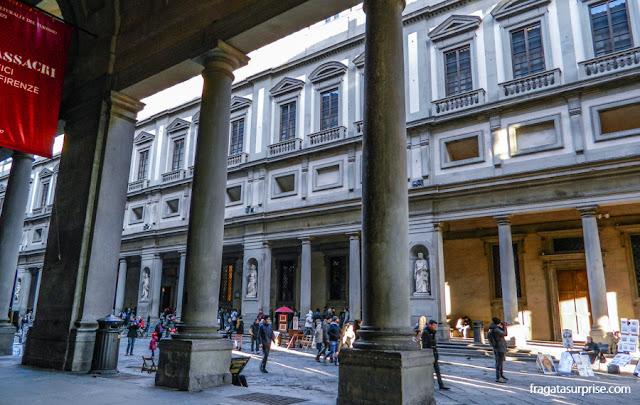 Entrada da Galleria degli Uffizi, em Florença