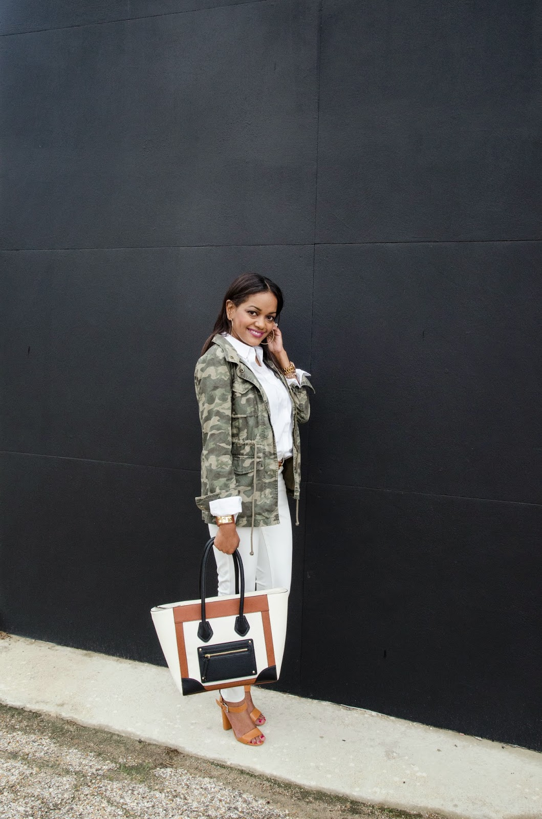CAMO, CAMOUFLAGE JACKET, CAMO OUTFIT, WHITE JEANS, DESIGNER INSPIRED BAG, TARGET BAG, CELINE INSPIRED, DALLAS FASHION, DALLAS FASHION BLOGGER, FASHION BLOGGER, BLACK FASHION BLOGGER, MOM FASHION BLOGGER, JUST FAB SANDALS, SPRING FASHION