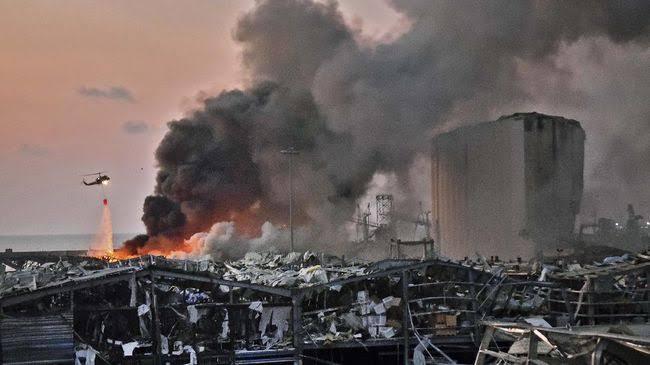 Ledakan Beirut Terekam Kamera Dokumentasi Pasangan Pengantin