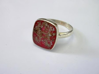 Sterling silver ring for ashes (suitable for a male)